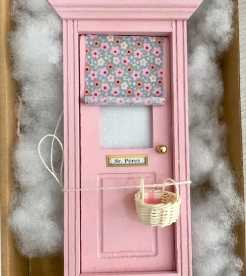 Puerta del ratoncito p rez vintage rosa la habitaci n for Puertas vintage
